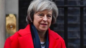 Mays Signal für einen harten Brexit
