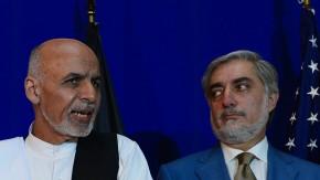 Die Rivalitäten zwischen dem Wahlsieger Ghani (links) und Abdullah erschweren die Situation in Kundus.