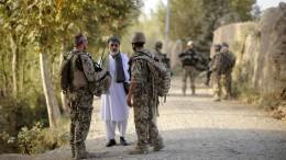 3394 Ortskräfte und Angehörige aus Afghanistan eingereist
