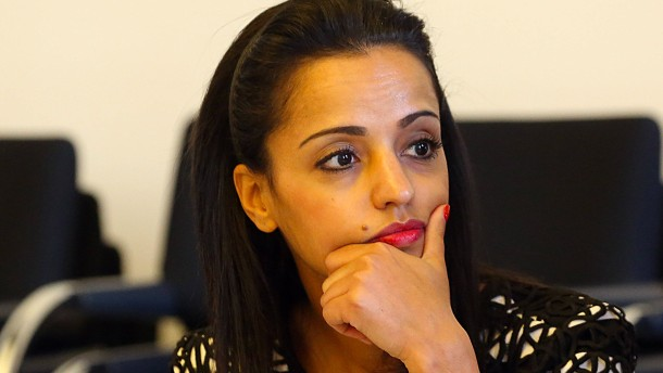 Staatssekretärin Chebli deaktiviert Facebook-Account