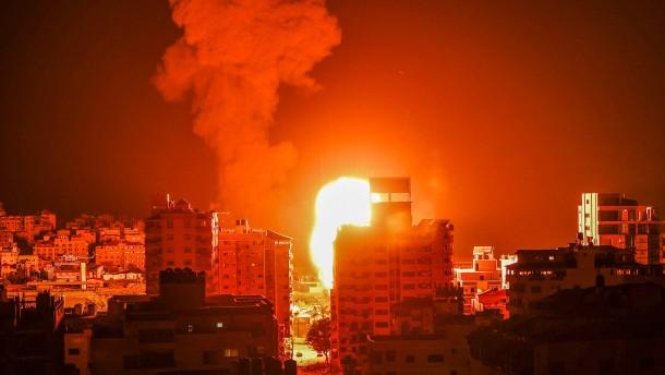 Israel und Hamas setzen Luftangriffe fort