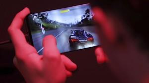 22,6 Millionen Deutsche spielen am Smartphone