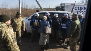 """Maas """"sehr besorgt"""" über die Beschränkungen in der Ostukraine"""