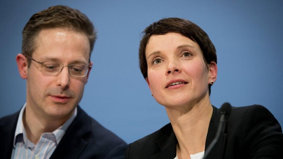 Der nordrhein-westfälische Landesvorsitzende der AfD, Marcus Pretzell, hatte für den Ausschluss der Journalisten vom Treffen der ENF-Fraktion gesorgt.