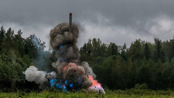 Russland droht mit Aufrüstung