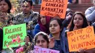 Gegen religiöse Bevormundung: Protest gegen die Verhaftung des Studentenführers Kanhaiya Kumar in Neu Dehli