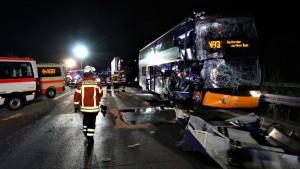 Abermals zwei Flixbusse in Unfälle verwickelt