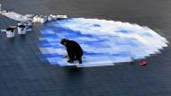 Wie strahlend weiße Hausdächer dem Klimawandel entgegenwirken könnten