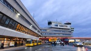 Sicherheitslandung in Berlin wegen Triebwerksproblemen
