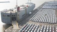 Die vereinigten Staaten drohen mit Strafzöllen auf importierte Autos.