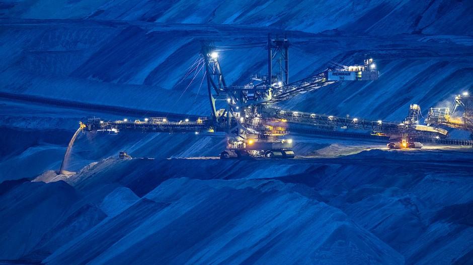 Der Tagebau Garzweiler in Jackerath am 20. März 2020