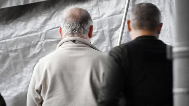 Ghosns Fluchthelfer in Japan in Haft