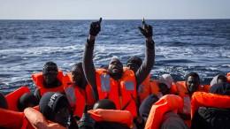 Hundert Migranten vor libyscher Küste vermisst