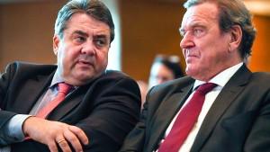 Union fordert Aufklärung des Treffens von Schröder, Gabriel und Putin