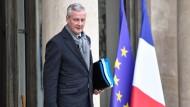 Der französische Wirtschafts- und Finanzminister Bruno Le Maire plant einen Staatsfonds, um Großkonzerne vor aggressiven Investoren zu schützen.