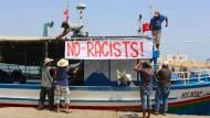 Tunesier verweigern Schiff der Identitären das Anlegen