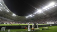 Im Schatten der Wüste: Qatar soll die Fußball-Weltmeisterschaft ausrichten und weckt mit dem Vorhaben viel Missmut.