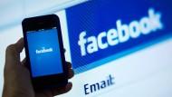 Facebook auf Ebay-Wegen