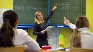 Zu wenig: Hessen will den Personalmangel an Grundschulen beheben.