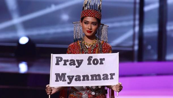 """""""Betet für Myanmar"""""""
