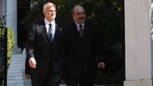 Papandreou will Koalitionsgespräche aufnehmen