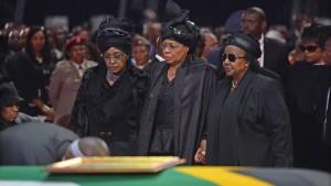 Nelson Mandela beigesetzt