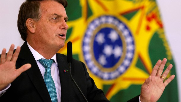 Bolsonaro lässt sich feiern