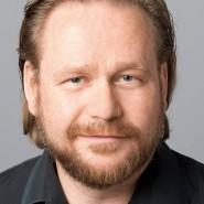 """Peter Badenhop - Portraitaufnahme für das Blaue Buch """"Die Redaktion stellt sich vor"""" der Frankfurter Allgemeinen Zeitung"""