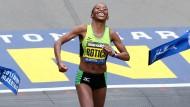 Siegte auch schon 2013: die Kenianerin Caroline Rotich