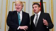 Die Außenminister: Boris Johnson (links) und Sigmar Gabriel.