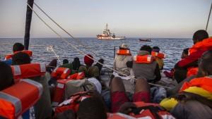 Hilfsorganisation Sea-Watch teilt Spenden mit anderen Seenotrettern