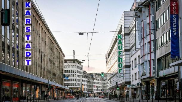 Galeria Karstadt Kaufhof will fast die Hälfte aller Häuser schließen