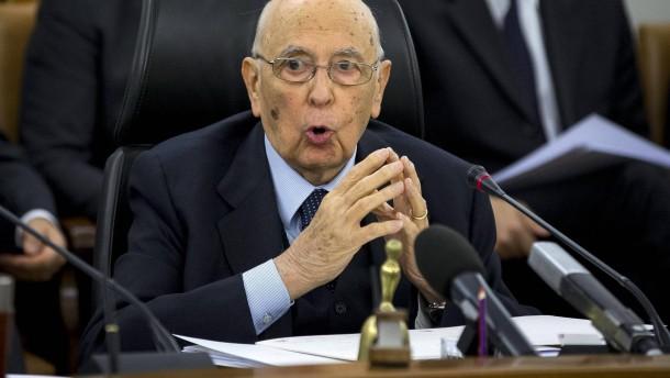 Staatspräsident Napolitano kündigt Rücktritt an