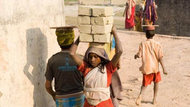 F.A.Z. Leser helfen - Der Verein Pro Interplast aus Seligenstadt soll mit  Mitteln aus der Leser-Spendenaktion  fürr seine medizinische und humanitäre Hilfe im indischen Kalkutta unterstützt werden.