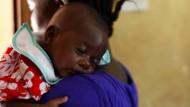 Gefährliche Hausgeburten aus Angst vor Ebola