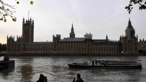Weiterer britischer Abgeordneter suspendiert