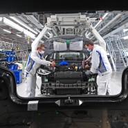 Muss seine klimapolitischen Vorzüge erst noch erweisen: das Elektroauto – hier wird eines im Volkswagen-Werk in Zwickau gefertigt.