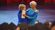 Die künftige EZB-Präsidentin Christine Lagarde hielt die Laudatio auf Kanzlerin Angela Merkel.