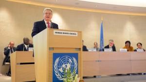 Gauck: Ohne falsche Rücksichten gegen Repression