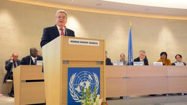 "Gauck: ""Ohne falsche Rücksichten gegen Repression"""