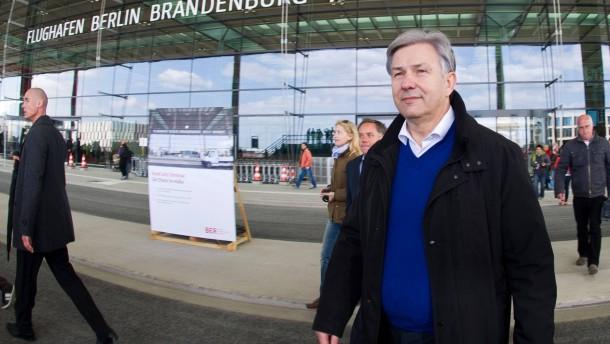 Wowereit gibt Flughafen-Aufsichtsratsvorsitz ab