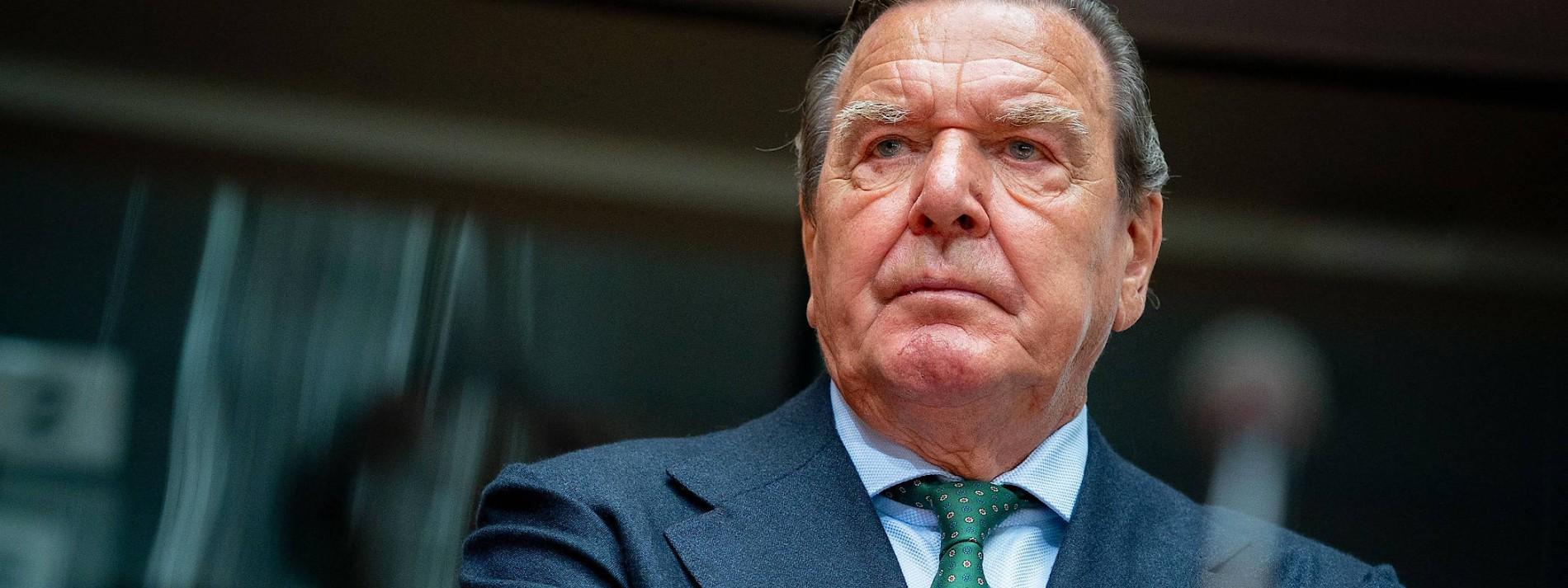 """Schröder: Annexion der Krim """"klarer Bruch des Völkerrechts"""""""