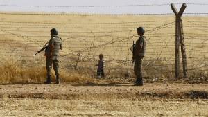 Türkische Soldaten schossen angeblich auf Flüchtlinge aus Syrien