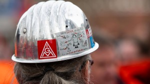 Metall-Tarifpartner schließen Pilot-Vertrag für die Krise