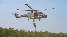 Marine setzt Nutzung von Hubschrauber Sea Lynx aus
