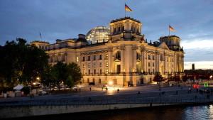Grüne befremdet über Vorstoß zu längerer Legislaturperiode
