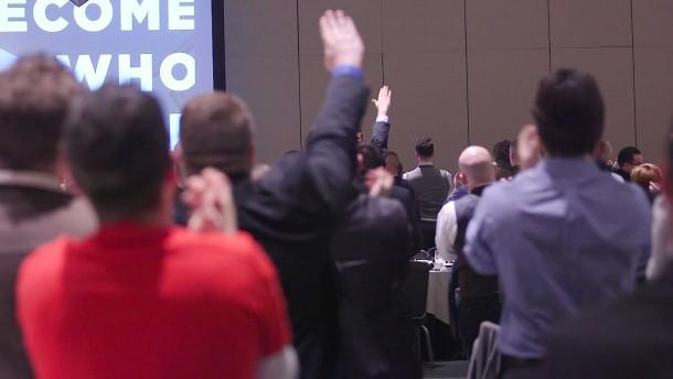 """""""Heil Trump!"""" für den künftigen Präsidenten"""