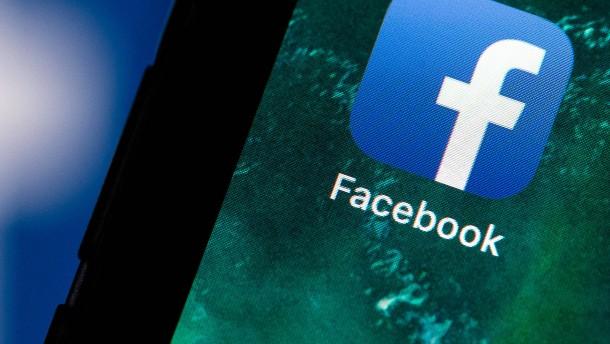 """Facebook entschuldigt sich für """"technisches Problem"""""""