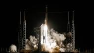 Gigantische Energien zur Überwindung der Erdanziehung: Der Start der Atlas V Rakete mit dem Solar Orbiter der Esa