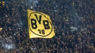 Fans bei einem Spiel des BVB im März 2018 im Signal Iduna Park